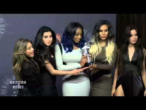 BACKSTAGE 2014 MTV VIDEO MUSIC AWARDS WINNERS WITH MOONMEN, PERFORMERS, PRESENTERS