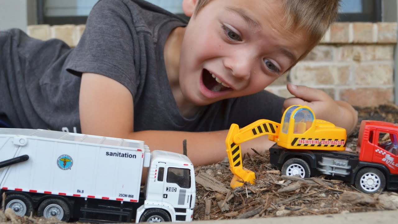 Garbage Truck Videos For Children l White Rear Loader Gets Stuck!  l Garbage Trucks Rule