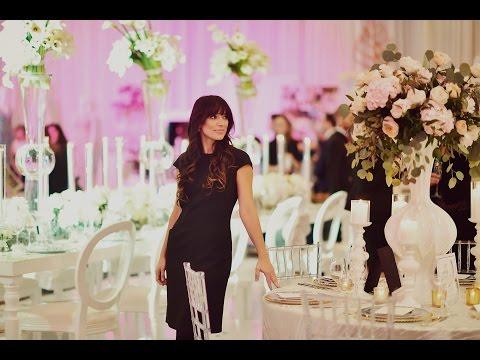 Wedding Planner Behind
