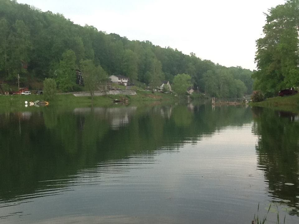 file round lake 2 fayetteville ny jpg wikimedia commons