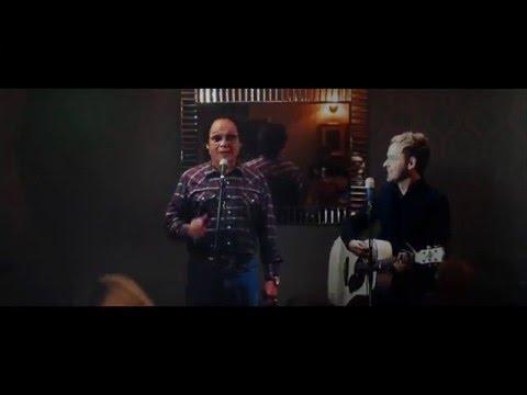 Derek Ryan feat. Roly Daniels - Wrong Side of Sober