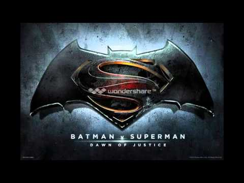 Charles Roven Teases Next Trailer Coming At End of Year for Batman v Superman: Dawn of Justice
