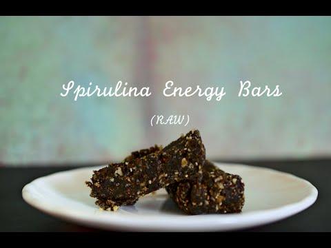 Raw Spirulina Energy Bars | aheartofjade.com