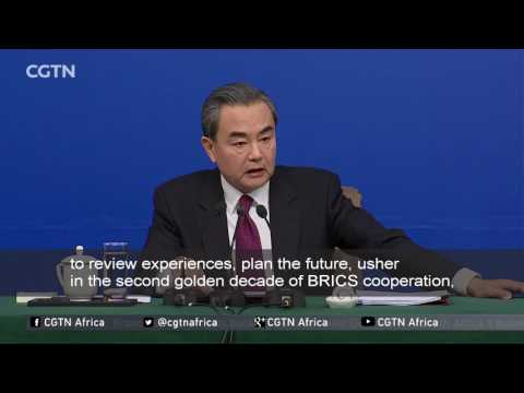 Chinese FM Wang Yi discusses 2017 foreign policy priorities