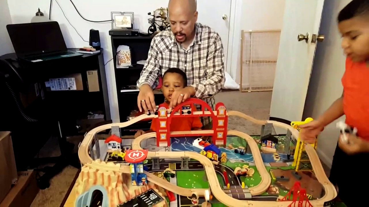 It\'s early Christmas time! - KidKraft Metropolis Train Table - YouTube