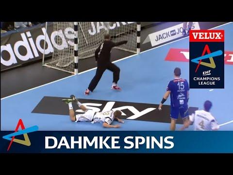 Best handball goal ever?! THW Kiel's Rune Dahmke spins and scores | VELUX EHF Champions League