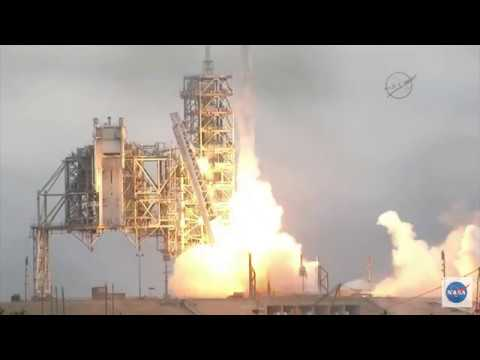 Blastoff! SpaceX Launches From Historical Launch Pad 39A