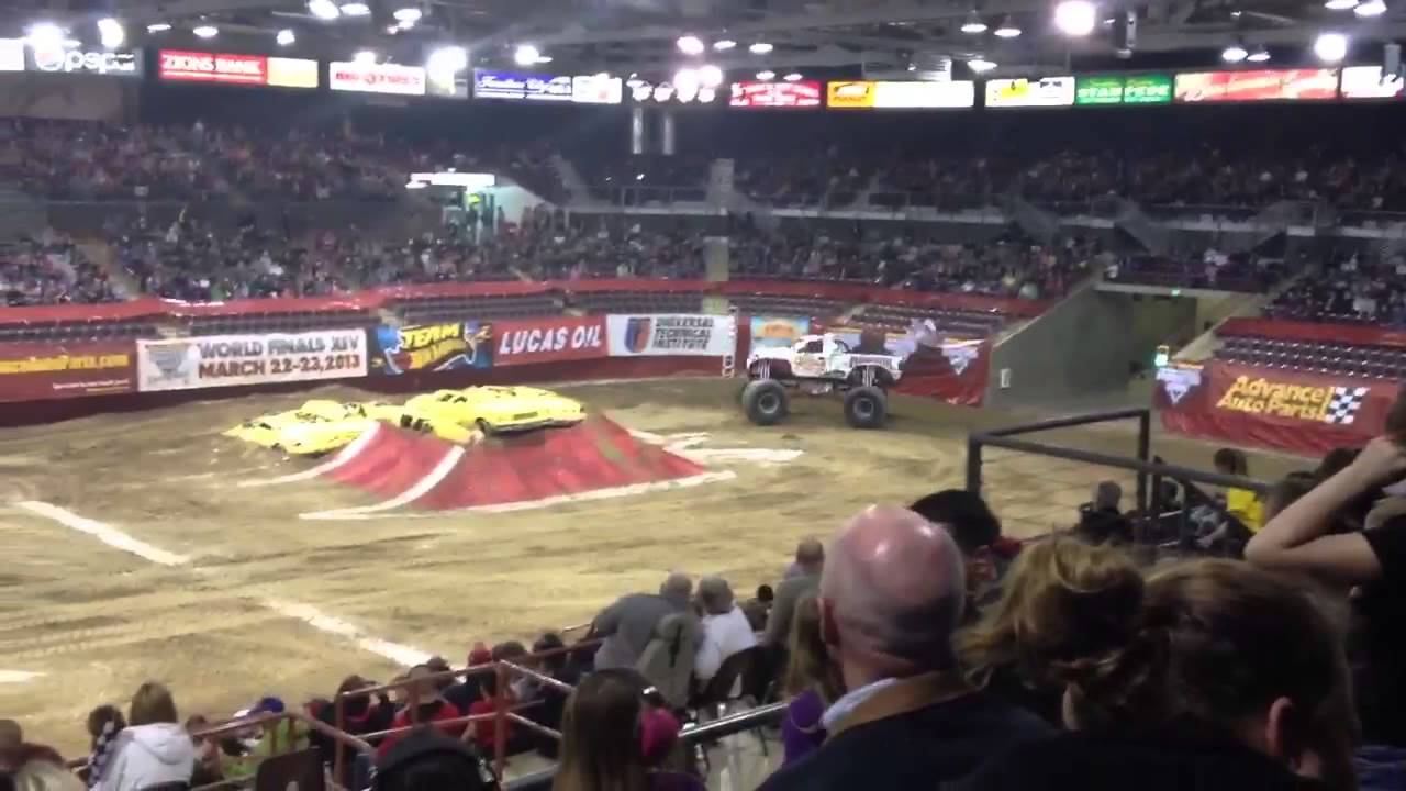 Monster Jam Full Racing March 9 - 2019 at Idaho Ford ...