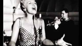 Watch Peggy Lee Things Are Swingin video
