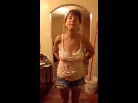 Femdom, Lesbian, Milf, Brunette, Hardcore, Ass-lickKaynak: YouTube · Süre: 3 dakika32 saniye