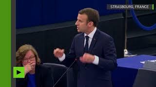 Emmanuel Macron s'indigne des critiques à l'encontre des frappes en Syrie