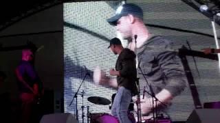 выступление группы ГРАДУСЫ на открытии ТРЦ КВАРТАЛ