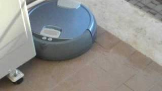 irobot scooba 385(irobot scooba non cade dal terrazzo......guardate e ammirate...!!!!, 2009-06-29T18:51:32.000Z)