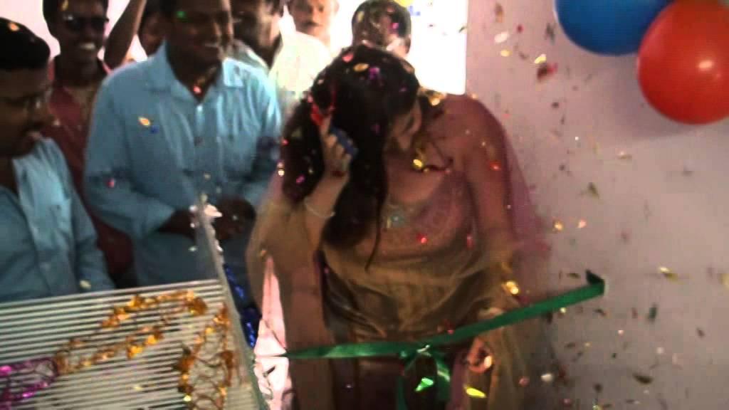 Actress Namitha Inauguarates KSK Technologies by Sulekha Videos