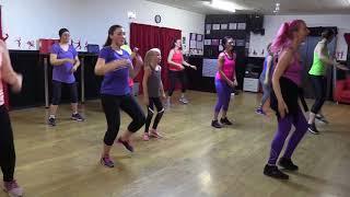 Zumba Crew: Livin La Vida Loca (Ricky Martin) - Samba Fusion