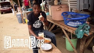 How To Eat Ewa Agoyin With Agege Bread
