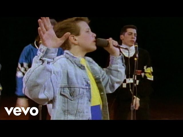 New Kids On The Block - Please Dont Go Girl (Official Music Video)