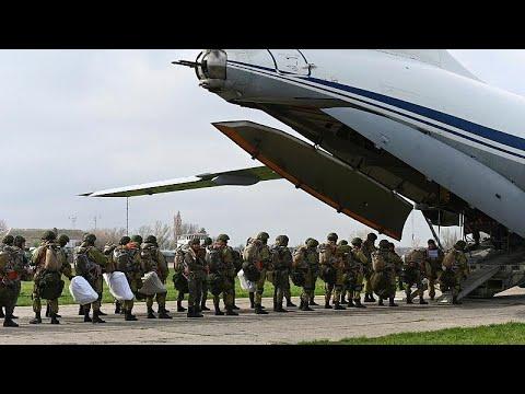 الجيش الروسي يبدأ انسحابه من المناطق الحدودية الأوكرانية…  - نشر قبل 4 ساعة
