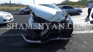«Դալմա Գարդեն Մոլ» ի մոտ բախվել են 31 ամյա վարորդի Toyota ն և 18 ամյա կին վարորդի Nissan March ը