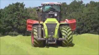Уборка урожая в Германии. Трактор марки Claas(Уборка урожая в Германии, Темхника марки CLAAS., 2016-04-15T23:33:03.000Z)