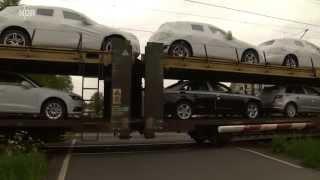 Realer Irrsinn: Defekter Bahnübergang