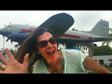 Douglas DC-3 aircraft Sprit of Santa Monica Museum of Flying VLOG