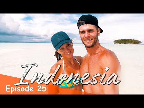 THE MOST ISOLATED SAND BAR IN THE WORLD (RAJA AMPAT) | INDONESIA VLOG SE01 EP25