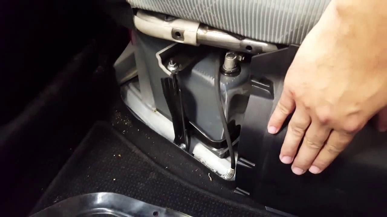 Toyota Aqua Prius C 12 Volt Battery Location In Urdu