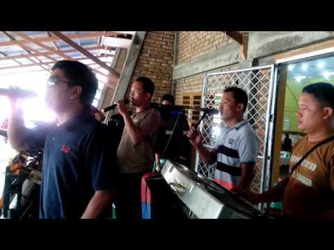 Holong Na Ias by Sibarani Grup Musik
