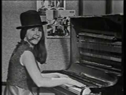 The Seekers 1966 - 'Whistling Rufus' - Judith Durham on Piano.