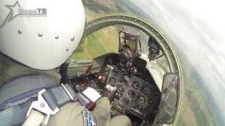 Видео репетиции парада с учебно-боевого самолета L-39(Портал TUT.BY, совместно со специалистами ВоенТВ, установили камеры GoPro в кабины пилотов самолетов и вертолето..., 2013-07-02T12:12:19.000Z)