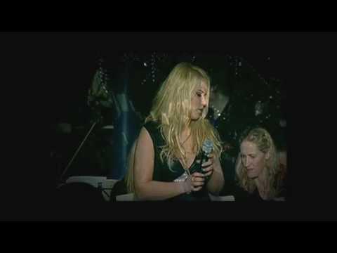 """Yohanna - """"Butterflies & Elvis"""" Live in Reykjavik, Iceland (HD)"""