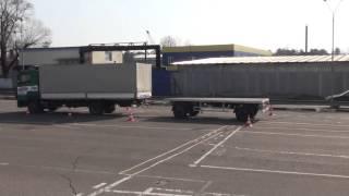 Заезд в гараж грузовик с прицепом
