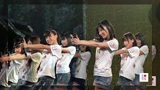 AKB48の次世代を担う新チーム、チーム8メンバー15名のライブパフォーマ...