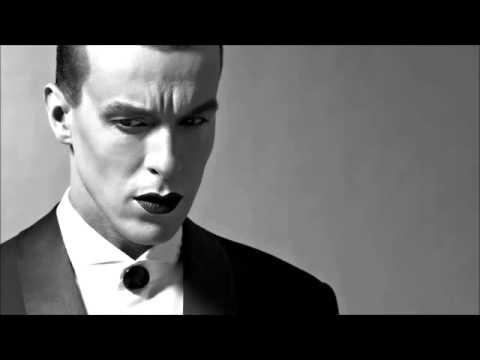 Cem Adrian   Mutlu Yıllar Siyah Bir Veda Öpücüğü HD