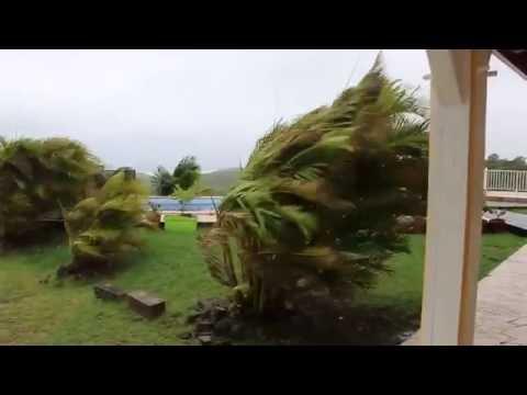 Huracán Matthew en el Mar Caribe / Hurricane Matthew in the Caribbean Sea