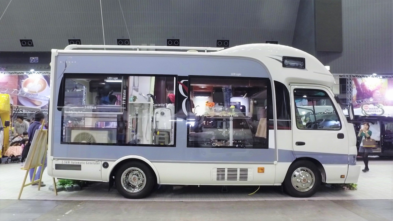 toyota coaster bus conversion japan camping car show 11 youtube. Black Bedroom Furniture Sets. Home Design Ideas
