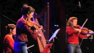 "Northern Lights: ""Máire Bhruinneall / Birnie Bouzle"" - live"
