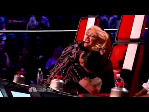 Adam Levine Calls Gwen Stefani OLD !!!! (The Voice Season 7)