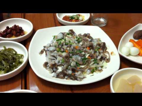 Eating Live Octopus | Busan, South Korea