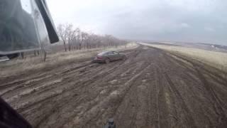 Ауди А6 жжёт в грязи