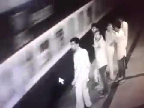 CCTV Footage : Borivali Station platform no.6