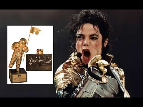 Wade Robson destroyed over comments about MTV Michael Jackson Video Vanguard Award 2019 Mp3