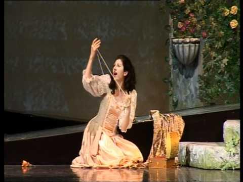 Gounod - Faust: Marguerite - Ballade du Roi de Thule & Air des Bijoux - Cristina Radu
