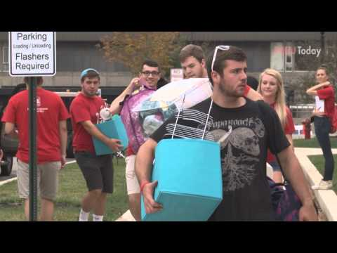 Northern Illinois University Move-In Day 2014