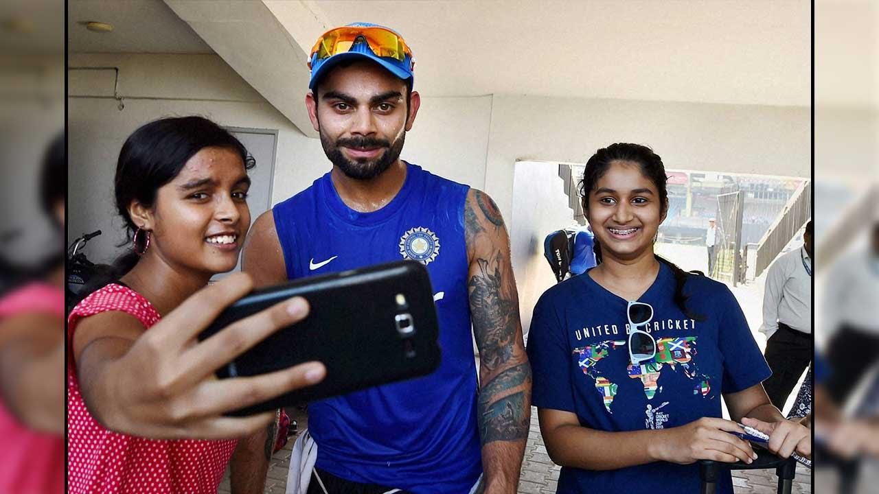 Virat Kohli Favourite Among Indian Women Cricketers Youtube
