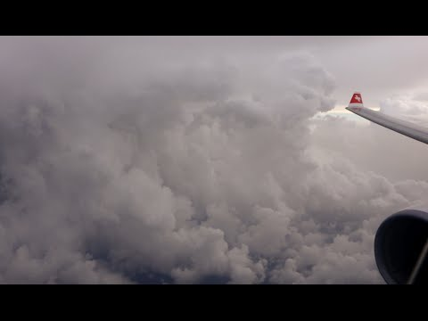 Swiss Airbus A330-300 - Massive thunderstorms upon landing in Miami