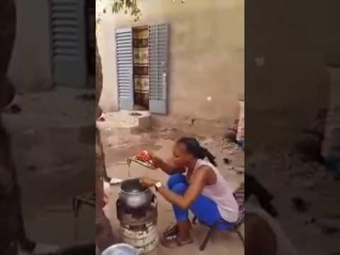 COMÉDIE AFRICAINE  (À MOURIR DE RIRE)