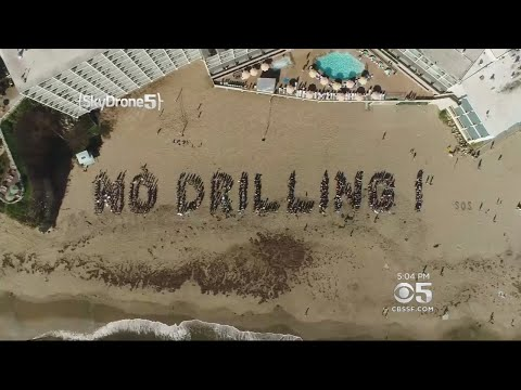 100s Protest Offshore Oil Drilling In Santa Cruz