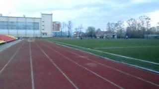 100 метров за 11.8 секунды